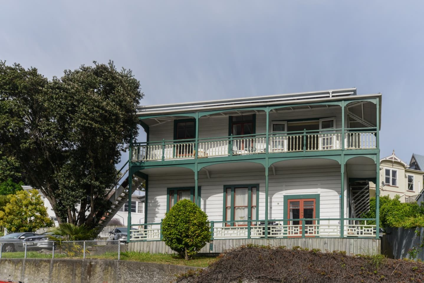 The Shakespeare Retreat - Hawkes Bay Holiday Home