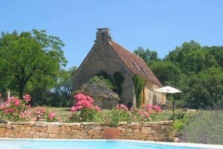 Bakkershuisje in de Lot, zuid-west Frankrijk - Salviac - Chatka
