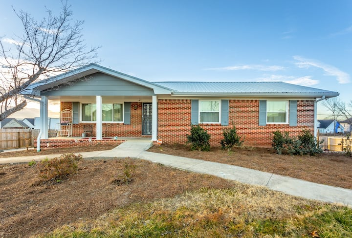 Silver Linings - A PMI Scenic City Vacation Rental
