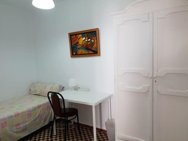 Hab. individual interior .