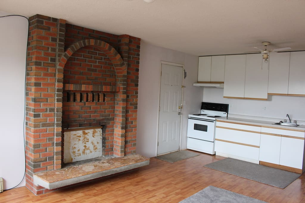 Private entrance and full kitchen hardwood floors