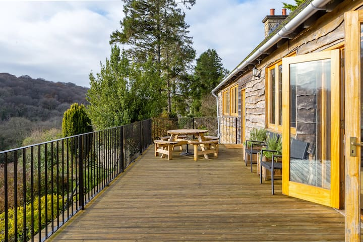 Historic cottage on spectacular East Devon coast