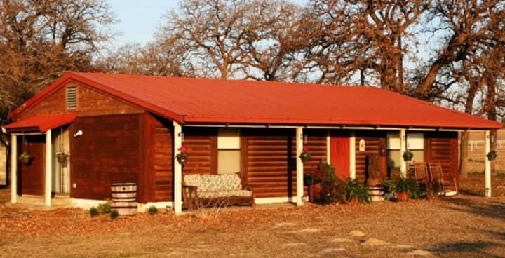 Rancho Del Lago Texas Room