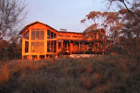 Timber Chalet with views of Flinders Ranges