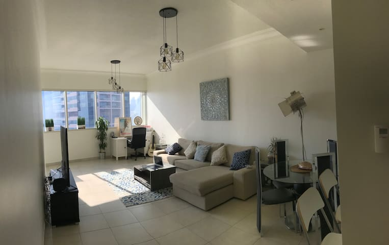 Beautiful and spacious 1 bedroom appartement
