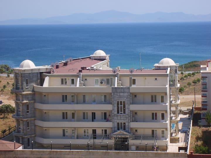 Altınkum'da Denize Yakın Günlük Kiralık 1+1 Daire