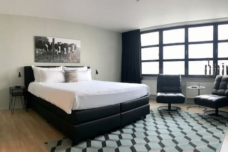 Fabulous studio at 100 meter from central station