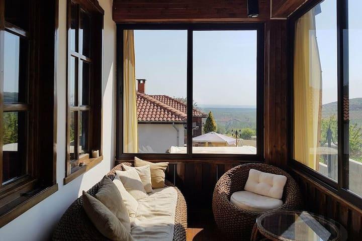 Four Seasons Villa - 3 Bed Seaview Jacuzzi Fitnes