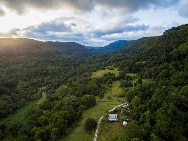 Atlas Valley Lodge