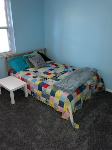 Cute and comfy private room near WPAFB, WSU and UD