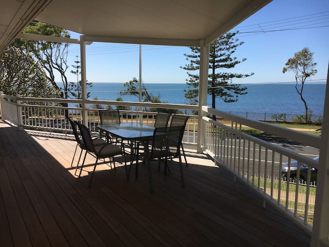 Waterfront Beach house, Pool, Quiet, 5 bedrooms - Scarborough - Huis