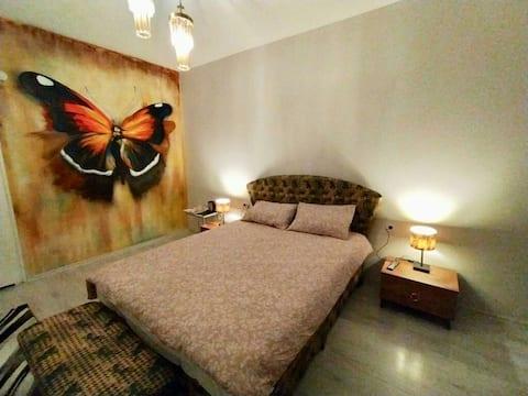Taksim Butterfly 4–4 - La Casa Home Concept