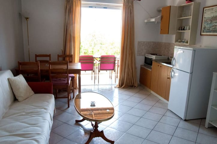 Filia Rooms & Apartments - Agii Apostoli - Leilighet