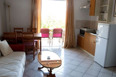 Filia Rooms & Apartments - Agii Apostoli