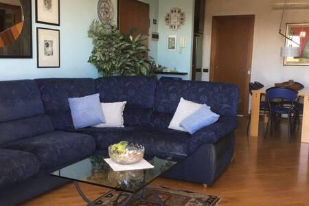 Tranquillo soggiorno in zona ben servita