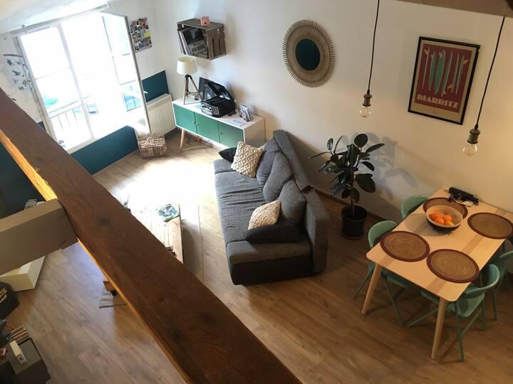 Appartement cosy, lumineux et très bien placé