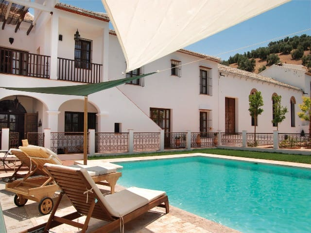 Cortijo Manolo Del Toro - Iznájar - Holiday home