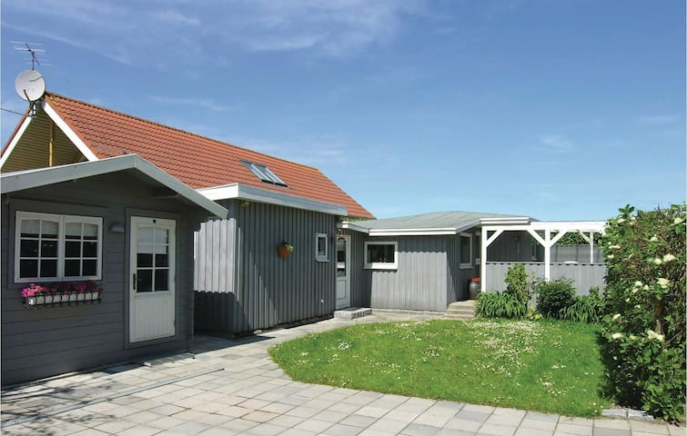 Holiday cottage with 1 bedroom on 57m² in Otterup