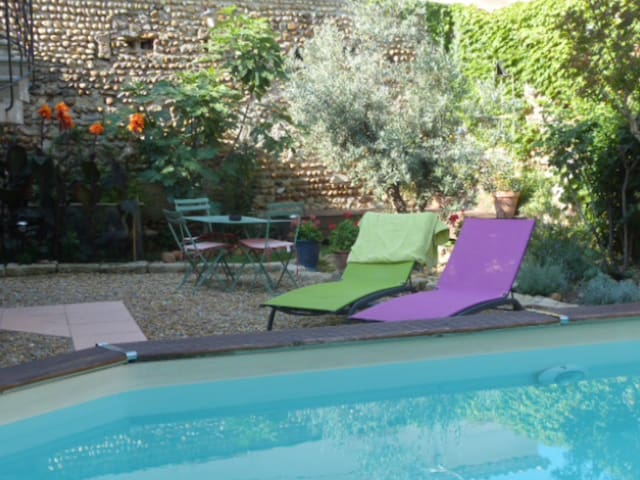 Suite soignée en Petite Camargue - Vauvert - Bed & Breakfast
