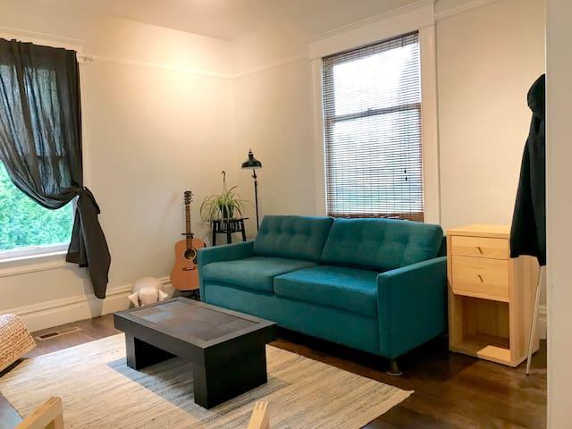 Crisp, cozy, modern comfort in the heart of Walla.