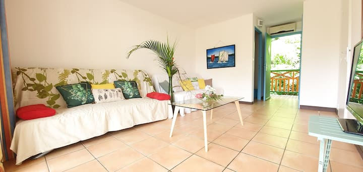 Spacieux appartement avec plage, piscine et wifi