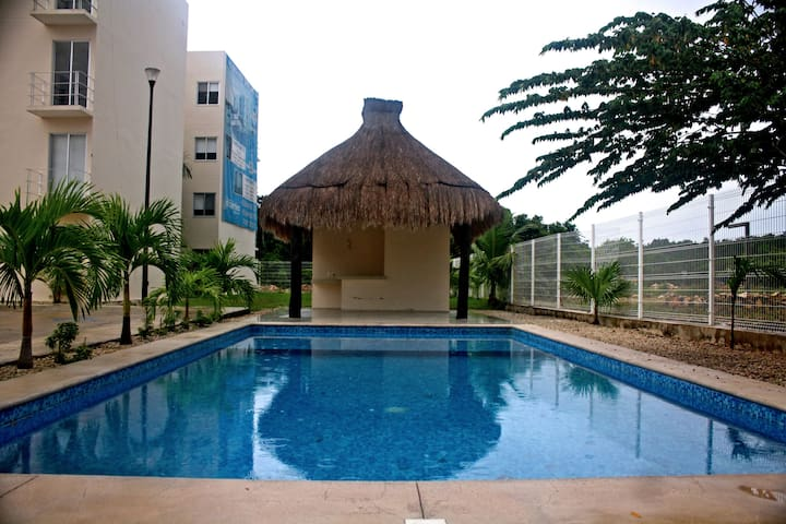 Soothing 2BDRM Apartment 10Min Away From The Beach