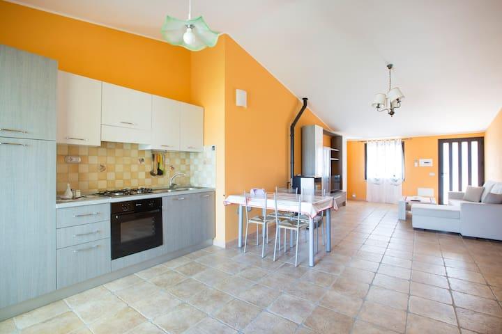 Comfortable flat 3+2 near the sea - Bari Sardo - Lejlighed