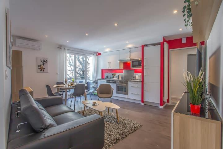 Spacious apartment with balcony, Grenoble center