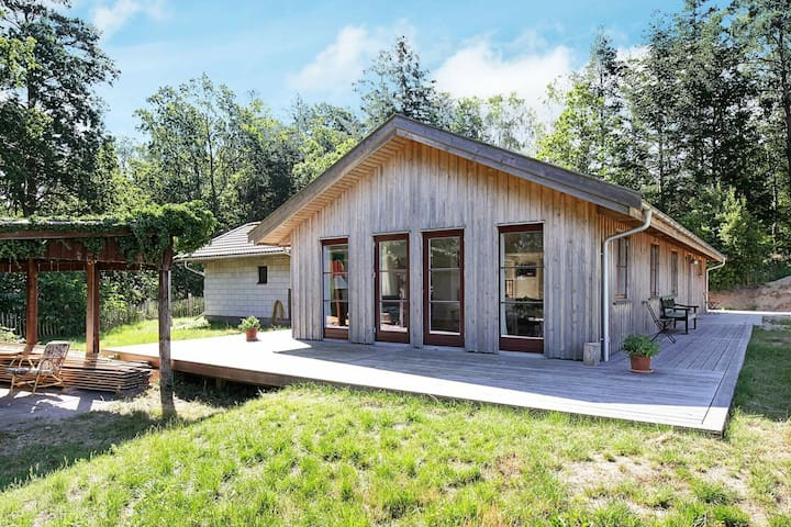 Elegant Holiday Home in Hovedstaden with Barbecue