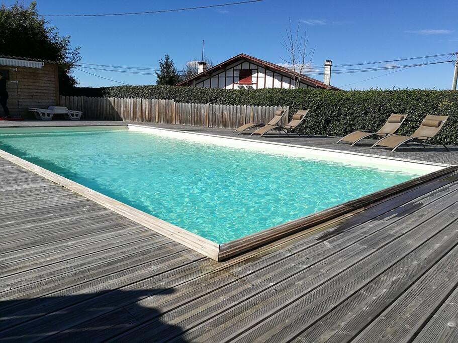 Location g tes 3 toiles proche cambo avec piscine g tes for Location gite de france avec piscine