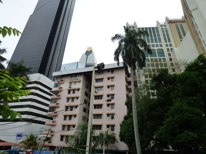 # 1 Top Location Downtown Panama City: Tourist Dis