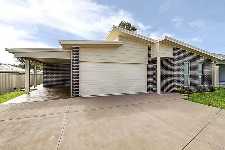 Brand New Port Macquarie Gem