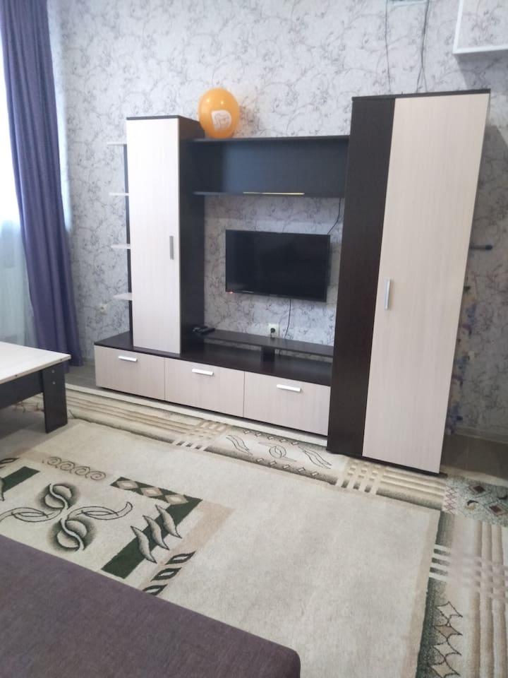 Комната (вид на телевизор)