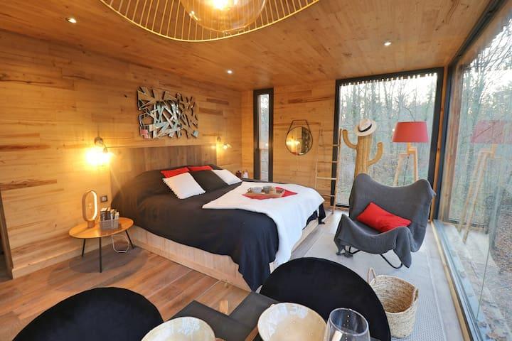 Suite with terrace & private Spa  « Izanagi »