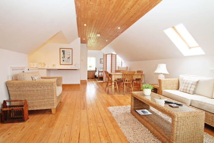 Peaceful River Hamble Loft-fab view - Hampshire - Loft