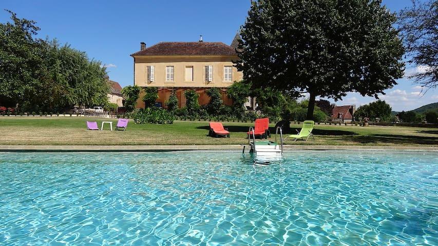 Belle demeure familiale - Calviac-en-Périgord