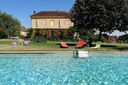 Belle demeure familiale - Calviac-en-Périgord - Haus