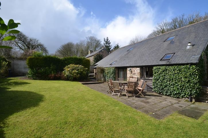 Beautiful 5 Bedroom Barn Conversion in Halwell - Halwell - House