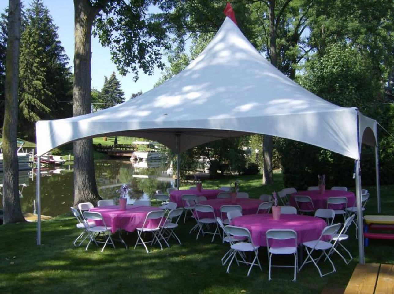 Example of event tent set up