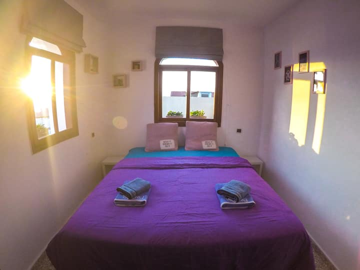 Double Room with Balcony, Sea View & Shared Bath
