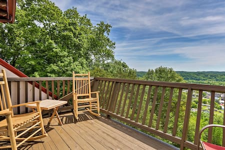 Burkesville Apt w/ Deck, Views & Pool Access!