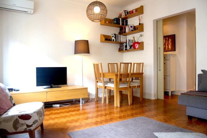 Wonderful apartment by the Flea Market
