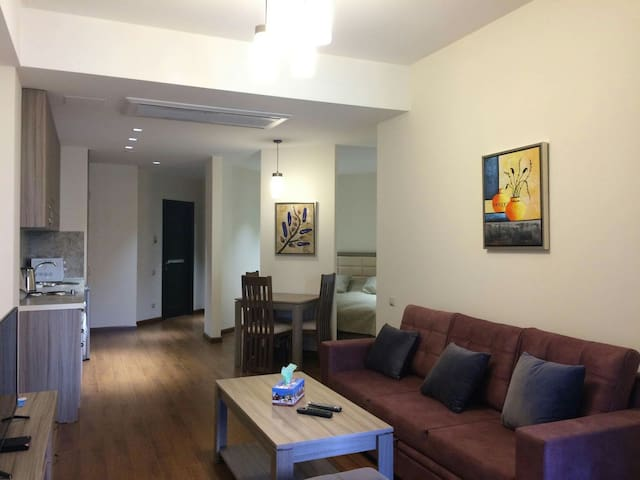 #Bright new building apartment on Byuzand Amiryan