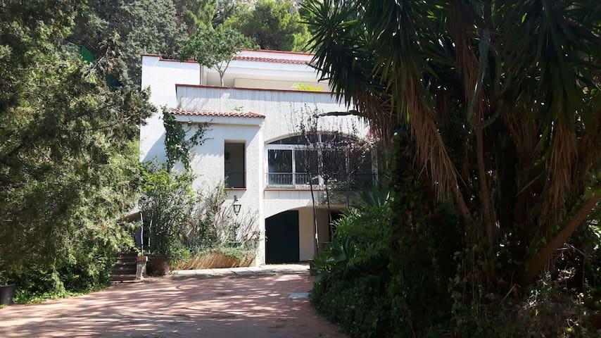 Mini appartamento  a Mondello , vicino al mare