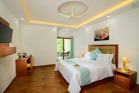 Spice Villa Thekkady - Turmerica