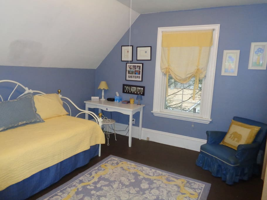Room, set up with a single twin bed