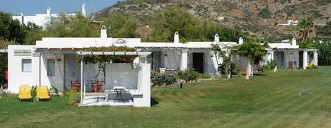 MEALOS HOUSE in a beautiful garden near the beach