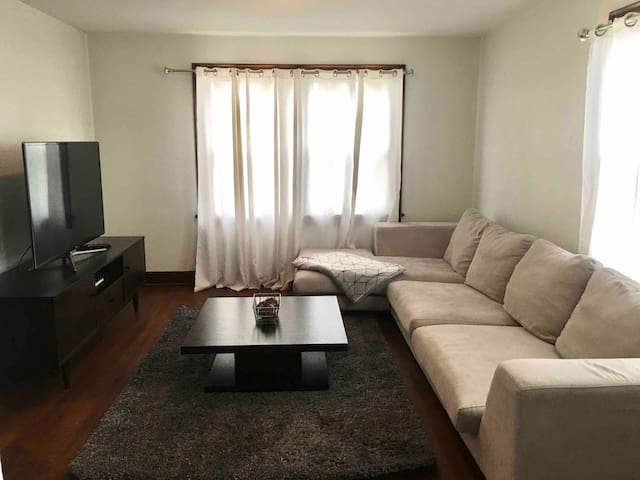 Super Nice Apt. - Near Hospital - Great Location