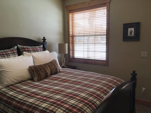 2nd Bedroom has queen bed, large screen TV and private access to adjoining deck