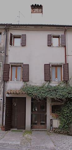 Casa Punto.&,Virgola loc. Turistica - Cison di Valmarino - Apartment
